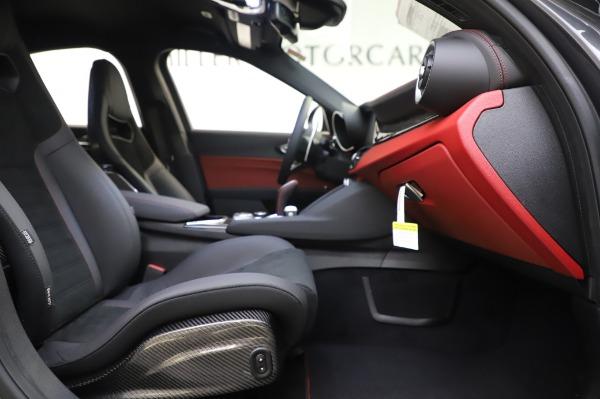 New 2020 Alfa Romeo Giulia Quadrifoglio for sale $87,445 at Bentley Greenwich in Greenwich CT 06830 22