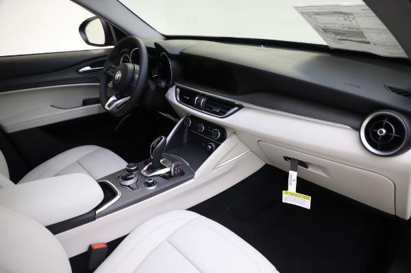 New 2020 Alfa Romeo Stelvio Ti Q4 for sale $50,895 at Bentley Greenwich in Greenwich CT 06830 21
