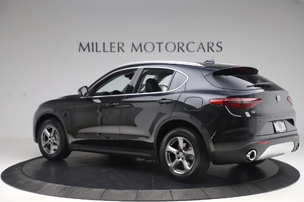 New 2020 Alfa Romeo Stelvio Q4 for sale $47,395 at Bentley Greenwich in Greenwich CT 06830 4