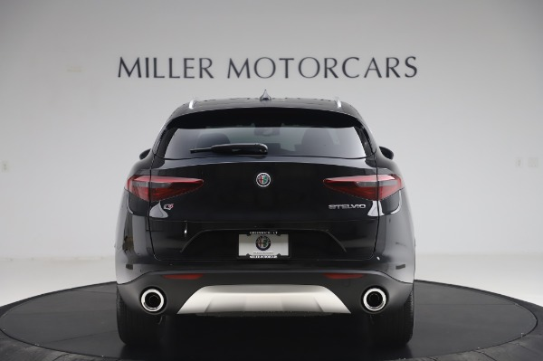 New 2020 Alfa Romeo Stelvio Q4 for sale $47,395 at Bentley Greenwich in Greenwich CT 06830 6