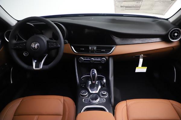 New 2020 Alfa Romeo Giulia Q4 for sale Sold at Bentley Greenwich in Greenwich CT 06830 16