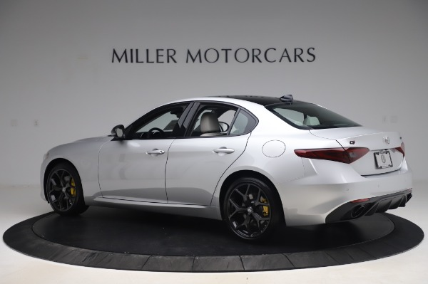 New 2020 Alfa Romeo Giulia Sport Q4 for sale Sold at Bentley Greenwich in Greenwich CT 06830 4