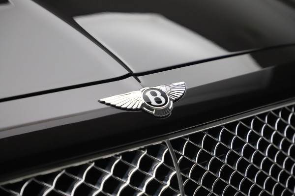 Used 2017 Bentley Bentayga W12 for sale $138,900 at Bentley Greenwich in Greenwich CT 06830 14