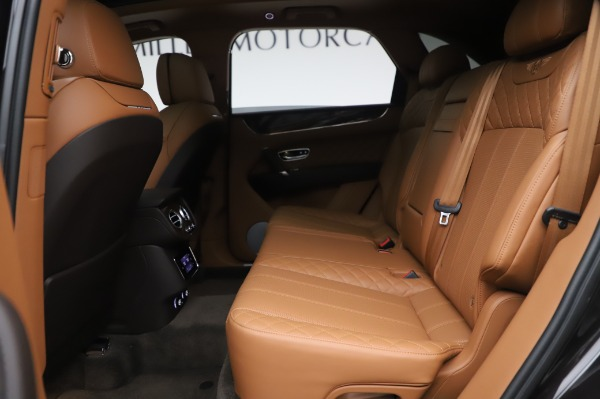 Used 2017 Bentley Bentayga W12 for sale $138,900 at Bentley Greenwich in Greenwich CT 06830 22