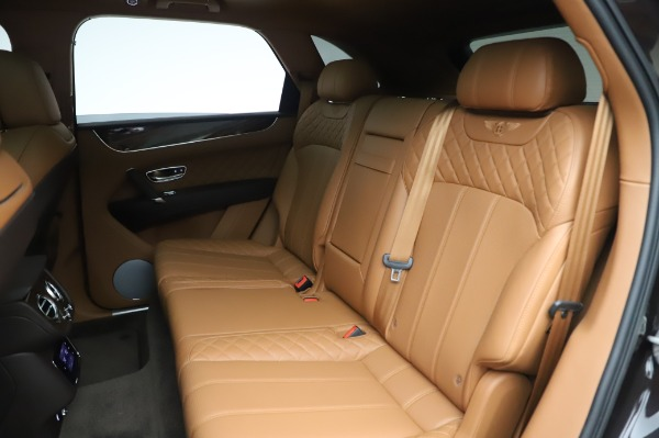 Used 2017 Bentley Bentayga W12 for sale $138,900 at Bentley Greenwich in Greenwich CT 06830 23