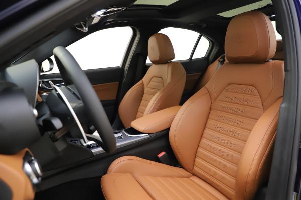 New 2020 Alfa Romeo Giulia Ti Sport Q4 for sale $51,495 at Bentley Greenwich in Greenwich CT 06830 15