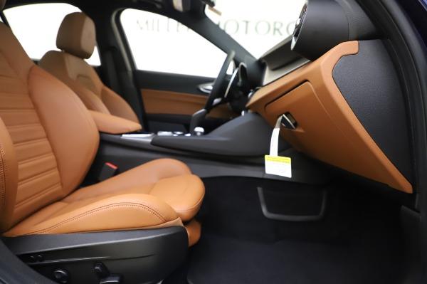New 2020 Alfa Romeo Giulia Ti Sport Q4 for sale $51,495 at Bentley Greenwich in Greenwich CT 06830 23