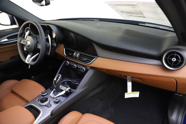 New 2020 Alfa Romeo Giulia Ti Sport Q4 for sale $51,495 at Bentley Greenwich in Greenwich CT 06830 24
