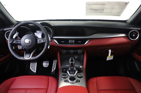 New 2020 Alfa Romeo Stelvio Sport Q4 for sale $50,945 at Bentley Greenwich in Greenwich CT 06830 16