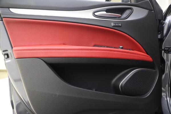 New 2020 Alfa Romeo Stelvio Sport Q4 for sale $50,945 at Bentley Greenwich in Greenwich CT 06830 17