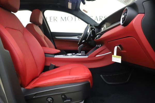 New 2020 Alfa Romeo Stelvio Sport Q4 for sale $50,945 at Bentley Greenwich in Greenwich CT 06830 20