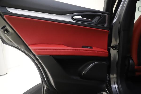 New 2020 Alfa Romeo Stelvio Sport Q4 for sale $50,945 at Bentley Greenwich in Greenwich CT 06830 25