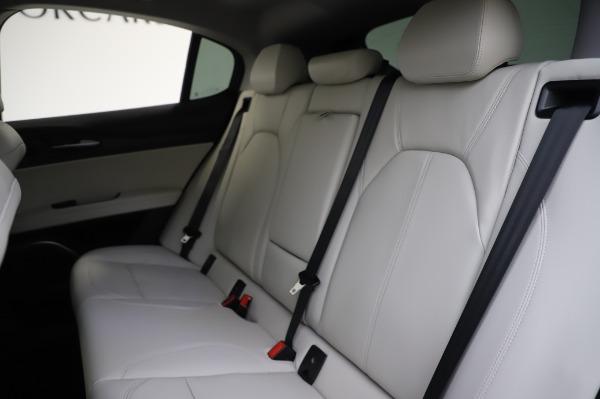 New 2020 Alfa Romeo Stelvio Ti Q4 for sale Sold at Bentley Greenwich in Greenwich CT 06830 18