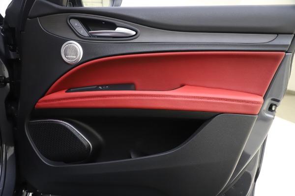 New 2020 Alfa Romeo Stelvio Ti Q4 for sale Sold at Bentley Greenwich in Greenwich CT 06830 28