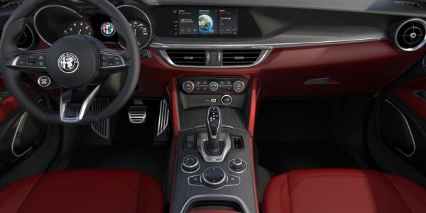 New 2020 Alfa Romeo Stelvio Ti Lusso Q4 for sale Sold at Bentley Greenwich in Greenwich CT 06830 4
