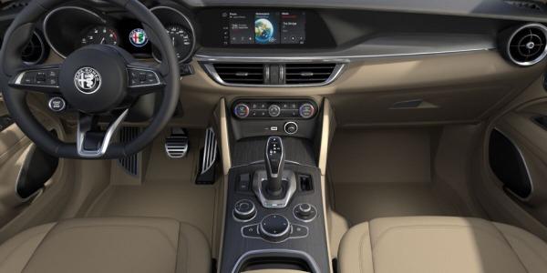 New 2020 Alfa Romeo Stelvio Ti Lusso Q4 for sale $55,045 at Bentley Greenwich in Greenwich CT 06830 4