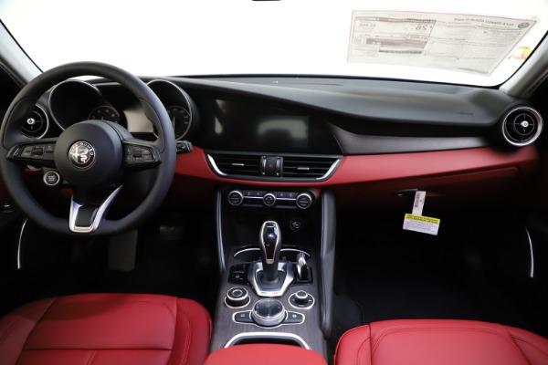 New 2020 Alfa Romeo Giulia Ti Q4 for sale Call for price at Bentley Greenwich in Greenwich CT 06830 17