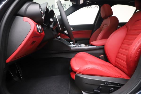 New 2020 Alfa Romeo Giulia Ti Sport Q4 for sale $51,095 at Bentley Greenwich in Greenwich CT 06830 14