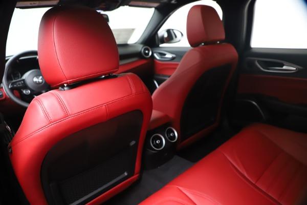 New 2020 Alfa Romeo Giulia Ti Sport Q4 for sale $51,095 at Bentley Greenwich in Greenwich CT 06830 20