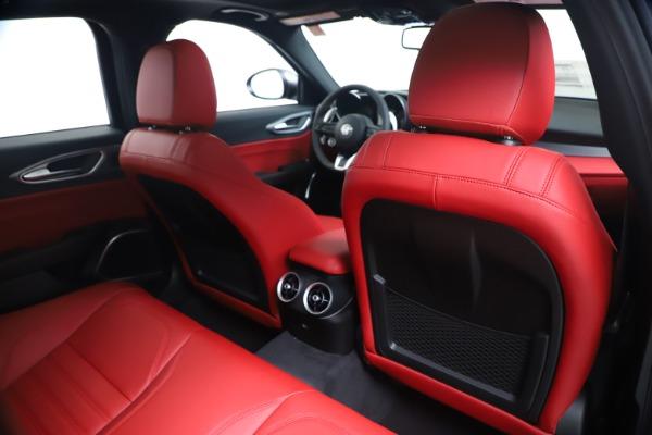 New 2020 Alfa Romeo Giulia Ti Sport Q4 for sale $51,095 at Bentley Greenwich in Greenwich CT 06830 28