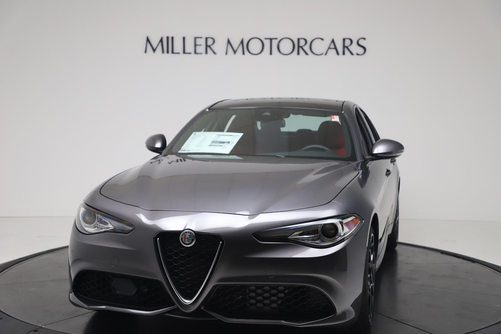 New 2020 Alfa Romeo Giulia Ti Sport Q4 for sale $51,095 at Bentley Greenwich in Greenwich CT 06830 1