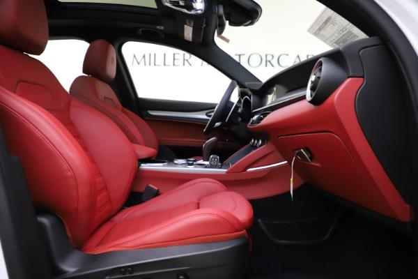New 2020 Alfa Romeo Stelvio Ti Sport Q4 for sale Sold at Bentley Greenwich in Greenwich CT 06830 25