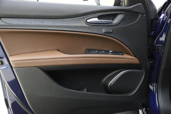 New 2020 Alfa Romeo Stelvio Sport Q4 for sale $50,895 at Bentley Greenwich in Greenwich CT 06830 17