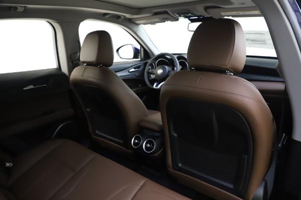New 2020 Alfa Romeo Stelvio Sport Q4 for sale $50,895 at Bentley Greenwich in Greenwich CT 06830 28