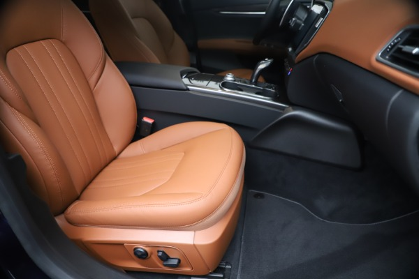 New 2020 Maserati Ghibli S Q4 for sale $87,285 at Bentley Greenwich in Greenwich CT 06830 24