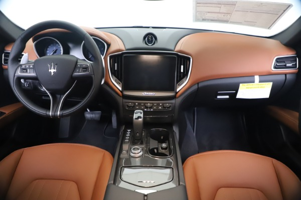 New 2020 Maserati Ghibli S Q4 for sale $84,735 at Bentley Greenwich in Greenwich CT 06830 16