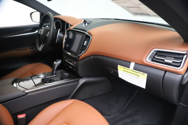New 2020 Maserati Ghibli S Q4 for sale $84,735 at Bentley Greenwich in Greenwich CT 06830 22