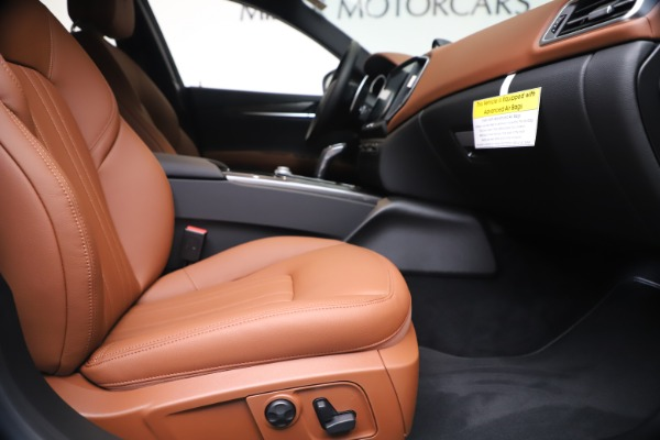 New 2020 Maserati Ghibli S Q4 for sale $84,735 at Bentley Greenwich in Greenwich CT 06830 23