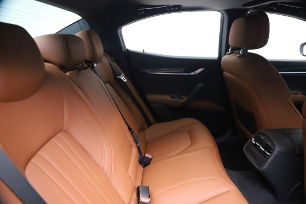 New 2020 Maserati Ghibli S Q4 for sale $84,735 at Bentley Greenwich in Greenwich CT 06830 27