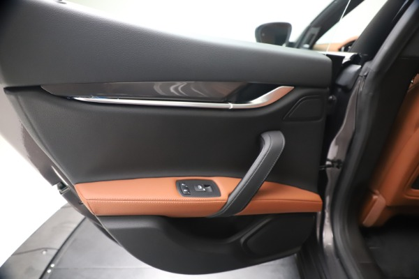 New 2020 Maserati Ghibli S Q4 for sale $87,285 at Bentley Greenwich in Greenwich CT 06830 21