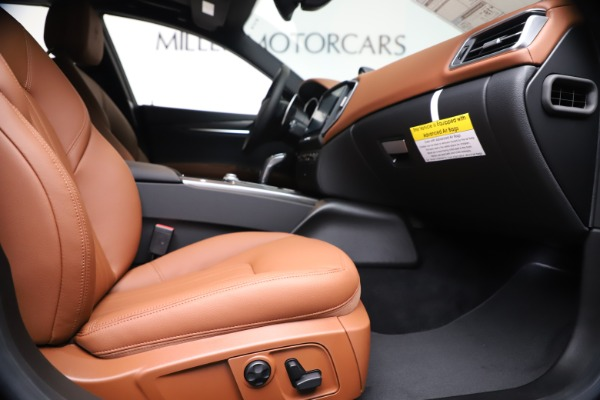 New 2020 Maserati Ghibli S Q4 for sale $87,285 at Bentley Greenwich in Greenwich CT 06830 23