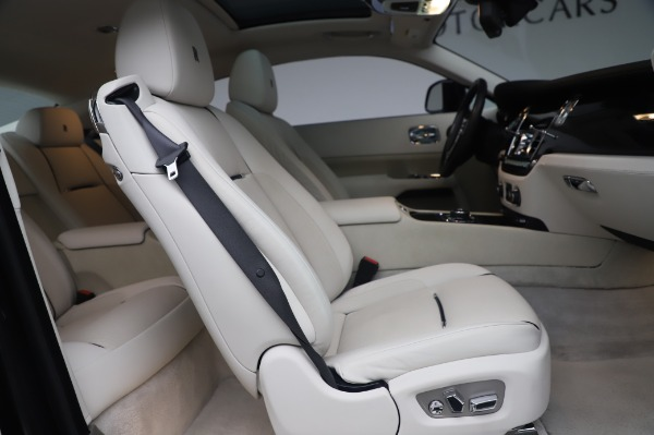 Used 2014 Rolls-Royce Wraith Base for sale $168,900 at Bentley Greenwich in Greenwich CT 06830 19