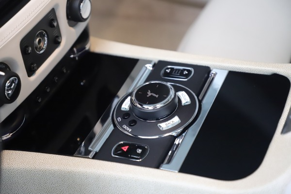 Used 2014 Rolls-Royce Wraith for sale $168,900 at Bentley Greenwich in Greenwich CT 06830 22