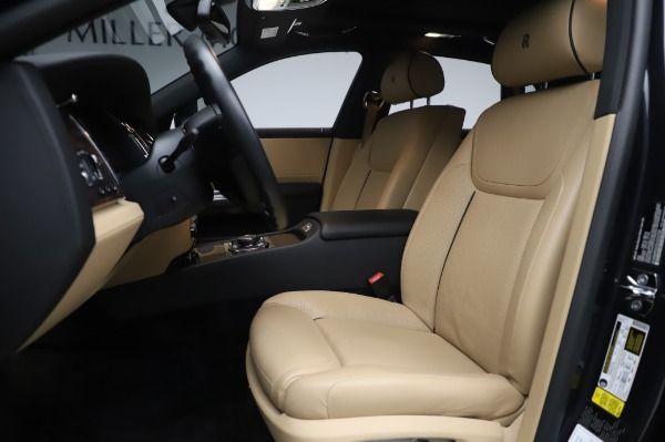 Used 2016 Rolls-Royce Ghost for sale $175,900 at Bentley Greenwich in Greenwich CT 06830 15