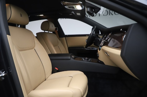 Used 2016 Rolls-Royce Ghost for sale $175,900 at Bentley Greenwich in Greenwich CT 06830 16