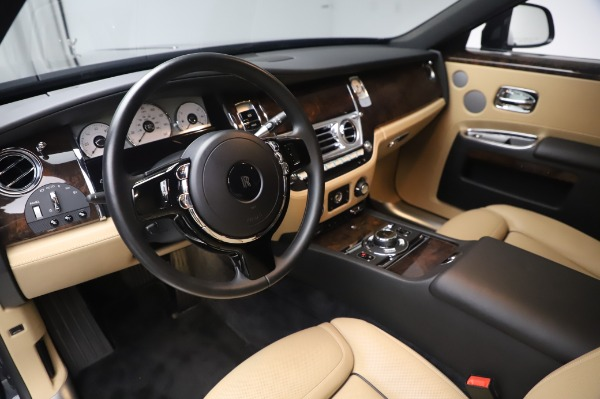Used 2016 Rolls-Royce Ghost for sale $175,900 at Bentley Greenwich in Greenwich CT 06830 18