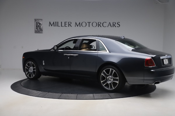 Used 2016 Rolls-Royce Ghost for sale $175,900 at Bentley Greenwich in Greenwich CT 06830 4