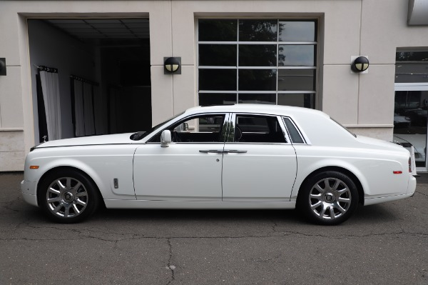 Used 2014 Rolls-Royce Phantom for sale $179,900 at Bentley Greenwich in Greenwich CT 06830 5