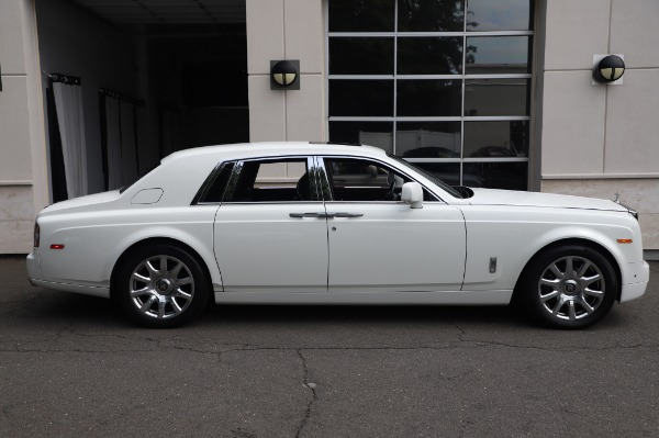 Used 2014 Rolls-Royce Phantom for sale $179,900 at Bentley Greenwich in Greenwich CT 06830 6