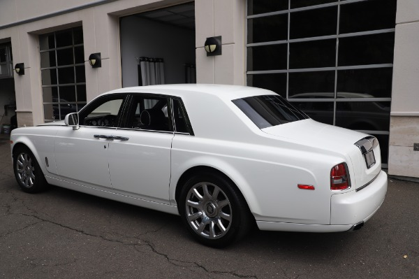 Used 2014 Rolls-Royce Phantom for sale $179,900 at Bentley Greenwich in Greenwich CT 06830 7
