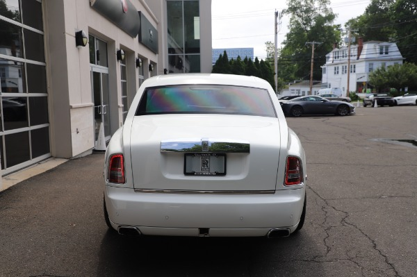 Used 2014 Rolls-Royce Phantom for sale $179,900 at Bentley Greenwich in Greenwich CT 06830 8