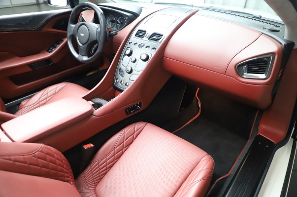 Used 2018 Aston Martin Vanquish S Volante for sale $183,900 at Bentley Greenwich in Greenwich CT 06830 19