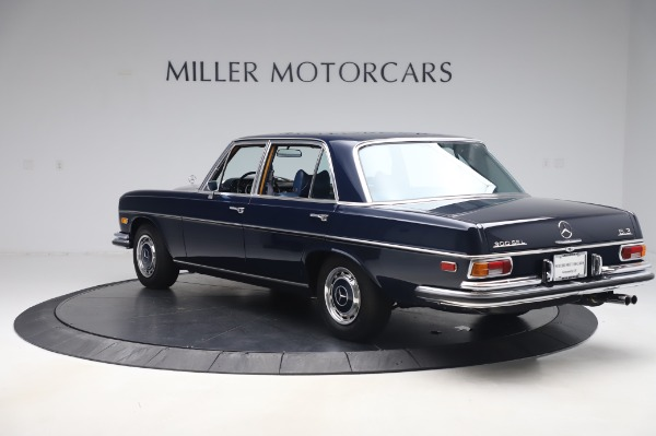 Used 1971 Mercedes Benz 300 SEL 6.3 for sale $117,000 at Bentley Greenwich in Greenwich CT 06830 5