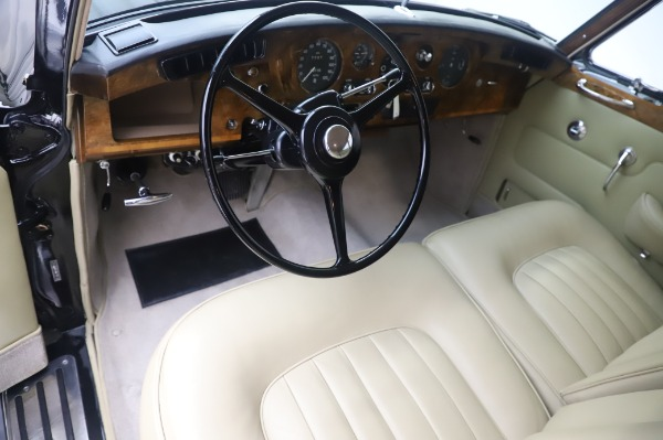 Used 1965 Rolls-Royce Silver Cloud III for sale $99,900 at Bentley Greenwich in Greenwich CT 06830 15