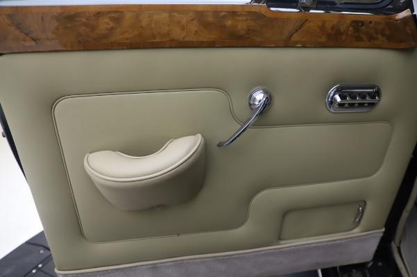Used 1965 Rolls-Royce Silver Cloud III for sale $99,900 at Bentley Greenwich in Greenwich CT 06830 17