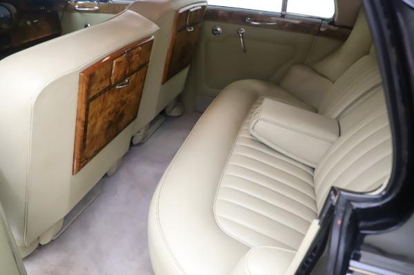 Used 1965 Rolls-Royce Silver Cloud III for sale $99,900 at Bentley Greenwich in Greenwich CT 06830 19